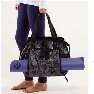 Lululemon Athletica Om Tote Yoga Bag
